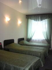 Стандарт С:  Номер, Стандарт, 3-местный, 1-комнатный, Загородный отель, Тюменский тракт на 26 номеров - Фотография 2