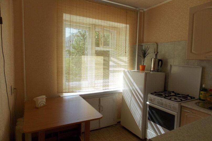 1-комн. квартира, 33 кв.м. на 4 человека, Восточная улица, 62, Екатеринбург - Фотография 1