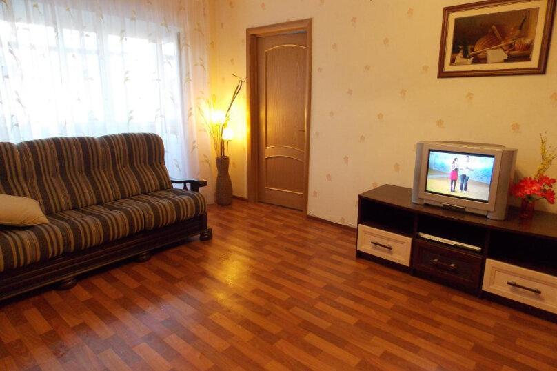 2-комн. квартира, 50 кв.м. на 4 человека, Восточная улица, 62, Екатеринбург - Фотография 2