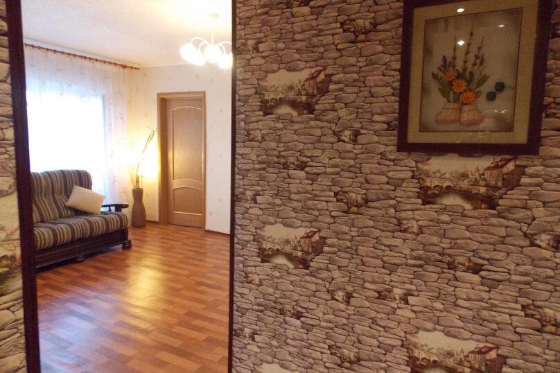 2-комн. квартира, 50 кв.м. на 4 человека, Восточная улица, 62, Екатеринбург - Фотография 1