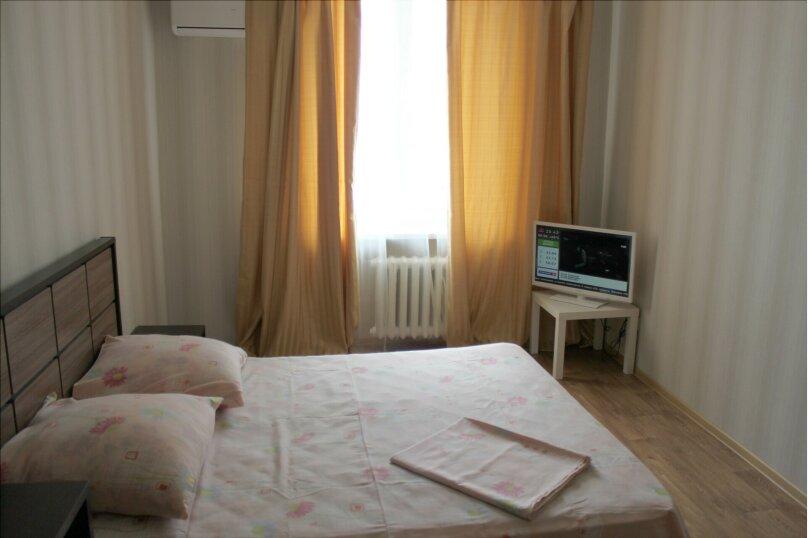 2-комн. квартира, 75 кв.м. на 5 человек, Мира, 18, метро Комсомольская, Волгоград - Фотография 3