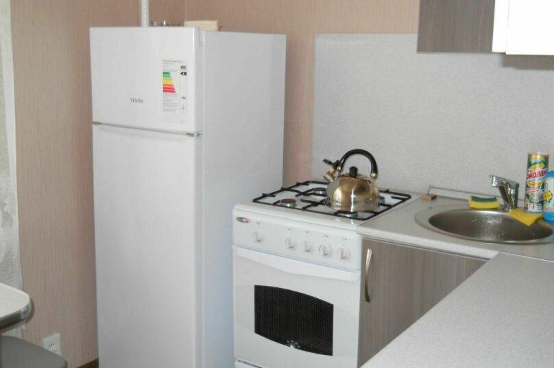 1-комн. квартира, 30 кв.м. на 2 человека, улица Суворова, 174, Пенза - Фотография 1
