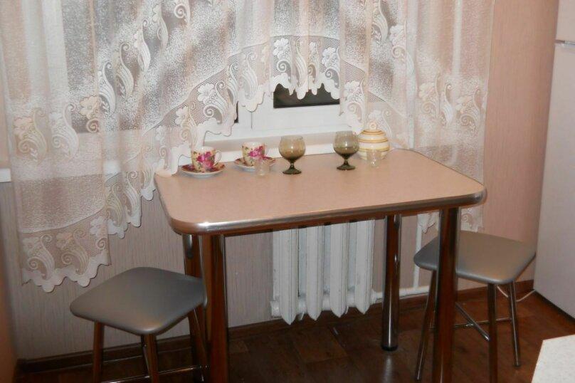 1-комн. квартира, 30 кв.м. на 2 человека, улица Суворова, 174, Пенза - Фотография 2