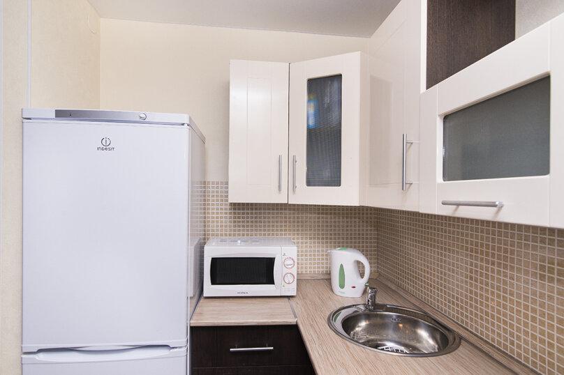 2-комн. квартира, 45 кв.м. на 6 человек, улица Шейнкмана, 30, Екатеринбург - Фотография 11