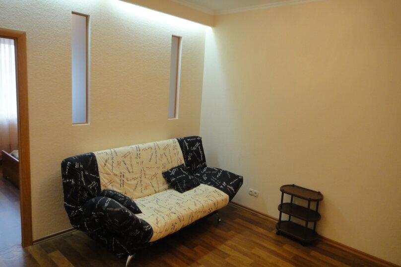 2-комн. квартира, 50 кв.м. на 3 человека, Университетская,  21, Сургут - Фотография 2