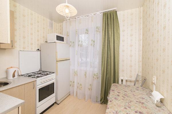 1-комн. квартира, 31 кв.м. на 4 человека, улица Мичурина, 56, Кировский район, Екатеринбург - Фотография 1