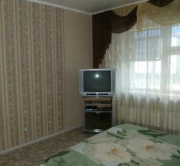2-комн. квартира, 45 кв.м. на 4 человека, Ленина, 50, Дзержинск - Фотография 1