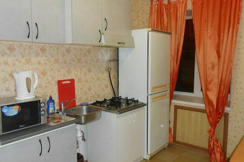 1-комн. квартира, 35 кв.м. на 3 человека, улица Куйбышева, 9, Пермь - Фотография 3