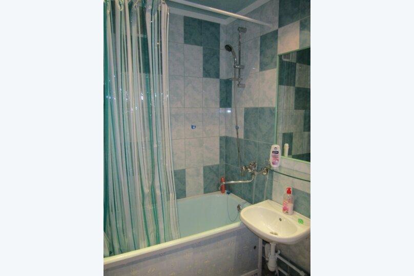 1-комн. квартира, 32 кв.м. на 3 человека, Цветной проезд, 9, Новосибирск - Фотография 11