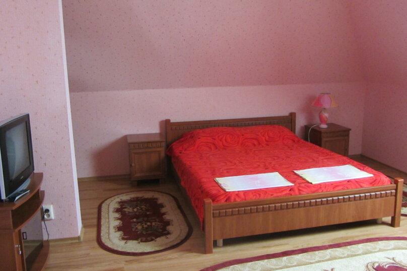 Четырехместный стандарт с дополнительным местом для ребенка., Буденного, 11, Межводное - Фотография 1