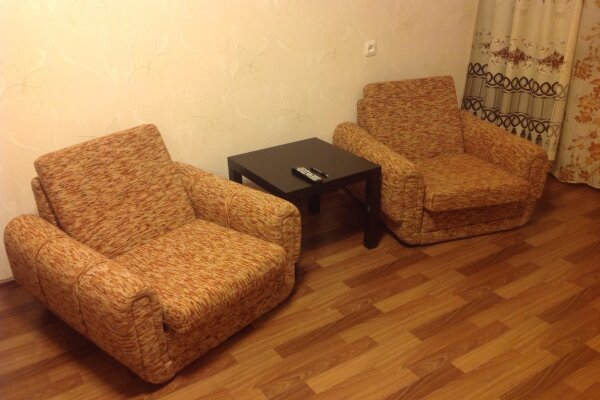 1-комн. квартира на 2 человека, Курчатова, 8, Железногорск - Фотография 1