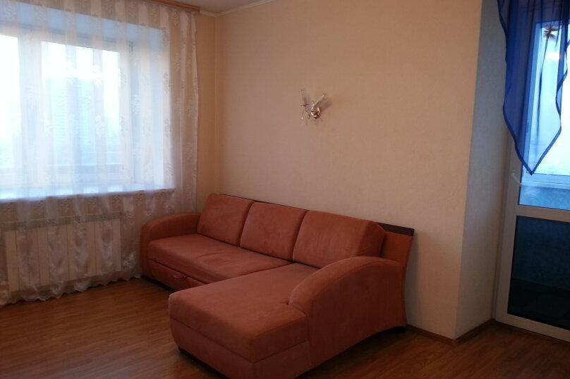 1-комн. квартира, 39 кв.м. на 4 человека, Онежская улица, 8А, Екатеринбург - Фотография 1