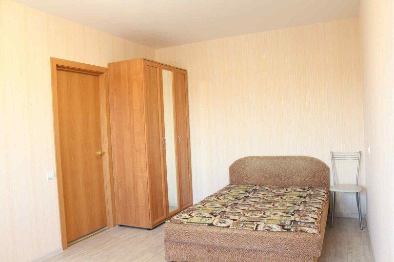 1-комн. квартира, 36 кв.м. на 4 человека, улица Красной Артиллерии, 9, Луга - Фотография 1