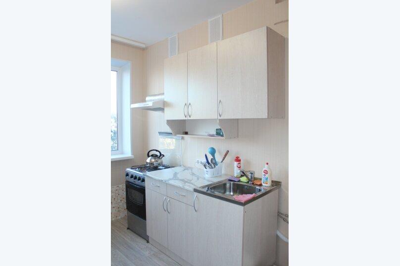 1-комн. квартира, 36 кв.м. на 4 человека, улица Красной Артиллерии, 9, Луга - Фотография 5