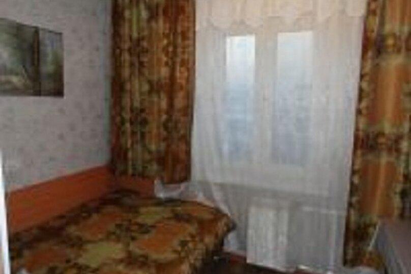 2-комн. квартира, 55 кв.м. на 4 человека, улица Ладо Кецховели, 69, Красноярск - Фотография 2