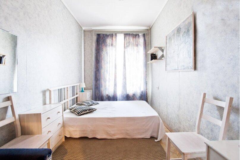 2-комн. квартира, 60 кв.м. на 6 человек, Лиговский проспект, 81, метро Восстания пл., Санкт-Петербург - Фотография 1