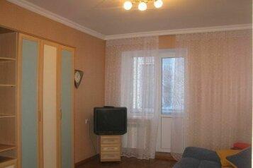 2-комн. квартира, 56 кв.м. на 4 человека, набережная Дубровинского, 58, Орел - Фотография 2