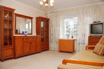 1-комн. квартира, 36 кв.м. на 2 человека, улица 50 лет Октября, 22, Центральный район, Кемерово - Фотография 3