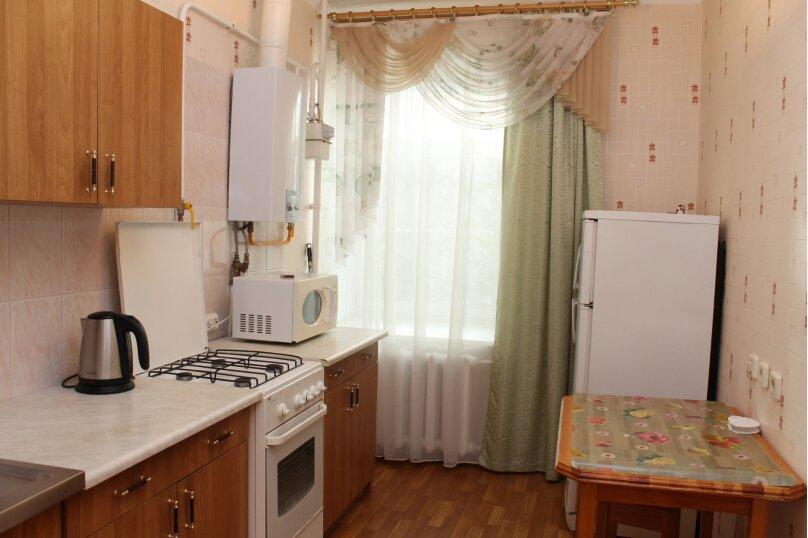 1-комн. квартира, 38 кв.м. на 4 человека, улица Черняховского, 67, метро Лиговский пр., Санкт-Петербург - Фотография 2