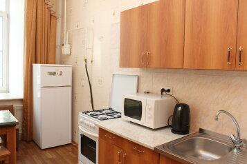 1-комн. квартира, 38 кв.м. на 4 человека, Садовая улица, метро Сенная пл., Санкт-Петербург - Фотография 2