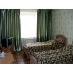 2-комн. квартира, 45 кв.м. на 5 человек, проспект Ленина, 24А, Ухта - Фотография 1