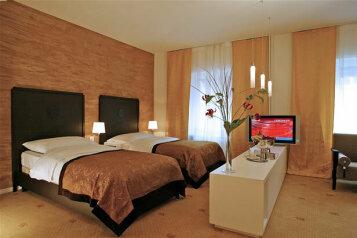 Отель, Родонитовая улица, 34 на 8 номеров - Фотография 1