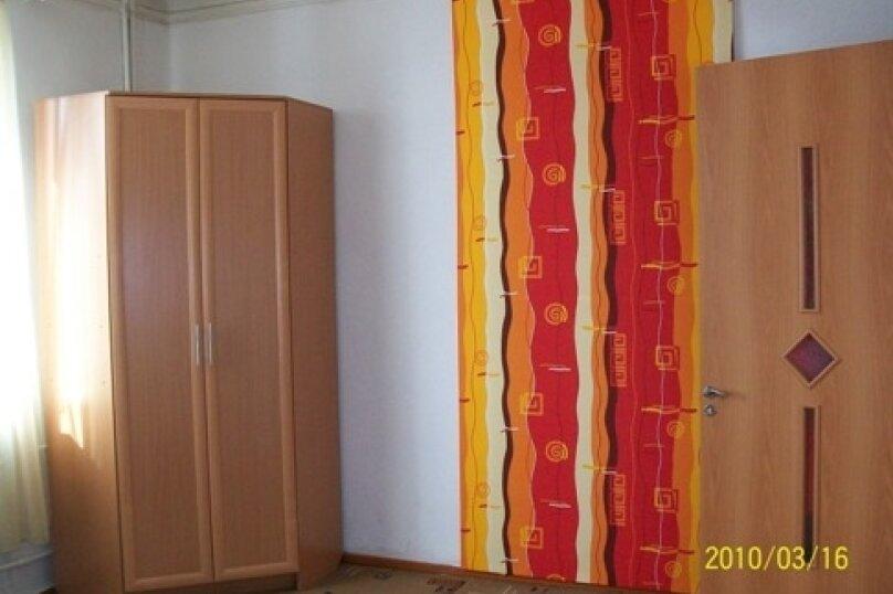 2-комн. квартира, 54 кв.м. на 6 человек, улица Гоголя, 30, Петрозаводск - Фотография 3