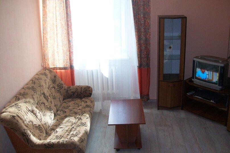 2-комн. квартира, 54 кв.м. на 6 человек, улица Гоголя, 30, Петрозаводск - Фотография 6