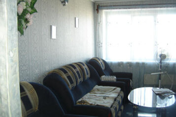 2-комн. квартира, 56 кв.м. на 6 человек, бульвар Гагарина, 66, Мотовилихинский район, Пермь - Фотография 1