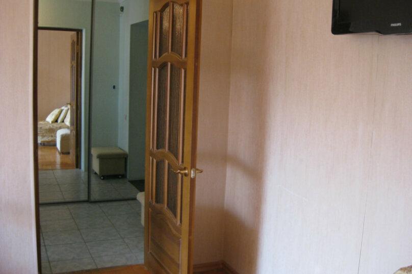 1-комн. квартира, 37 кв.м. на 5 человек, улица Островского, 15, Кисловодск - Фотография 9