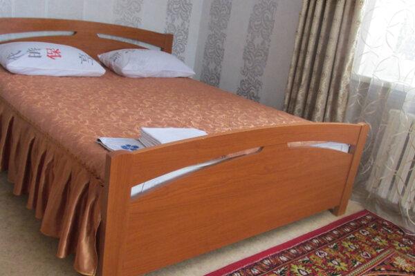 1-комн. квартира, 32 кв.м. на 2 человека, проспект Бардина, 15, Новокузнецк - Фотография 1