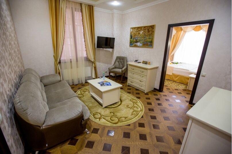 """Мини-отель """"Shine House"""", улица Ленина, 63 на 44 номера - Фотография 27"""