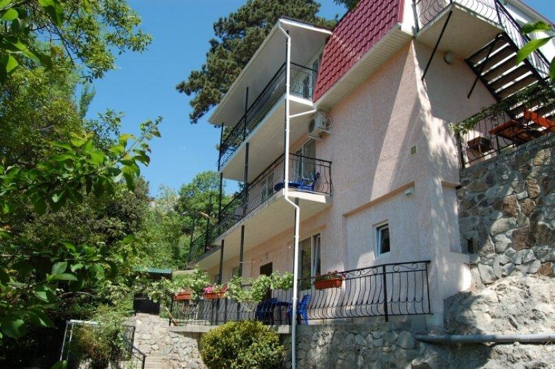 Жилье в Алупке, 140 кв.м. на 5 человек, 3 спальни, Ялтинская улица, 2, Алупка - Фотография 1