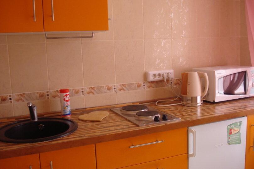 1-комн. квартира, 30 кв.м. на 4 человека, улица Крылова, 69А, метро Маршала Покрышкина, Новосибирск - Фотография 5
