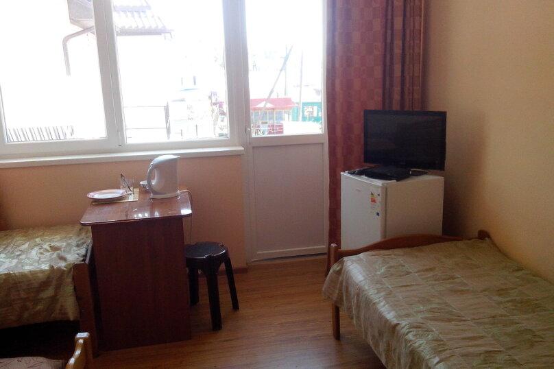 4 местный с балконом, улица Репина, 31/2, Лазаревское - Фотография 1