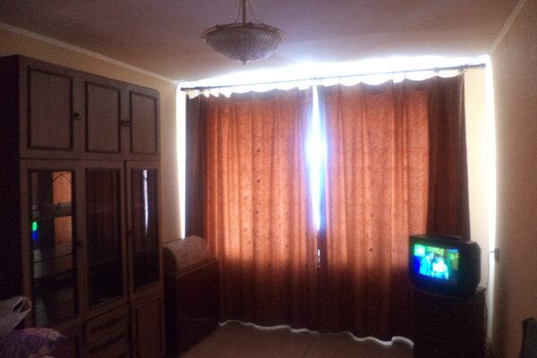 1-комн. квартира, 40 кв.м. на 2 человека, проспект Победы, 14, Мегион - Фотография 1