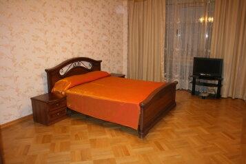 3-комн. квартира, 98 кв.м. на 6 человек, улица Лазарева, 108А, Лазаревское - Фотография 1