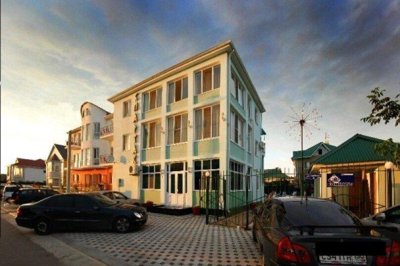 Гостевой дом, улица 40 лет Победы, 5 на 17 комнат - Фотография 3