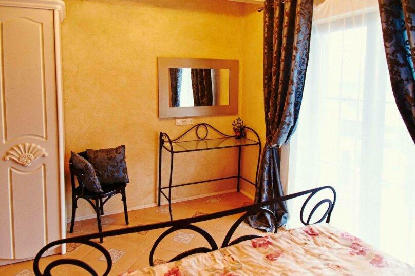 Мини-отель, Покровская улица, 47 на 10 номеров - Фотография 17