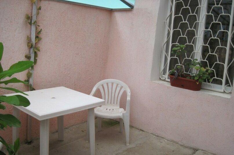 Сдам  дом в частном секторе, 25 кв.м. на 4 человека, 1 спальня, улица Кирова, 82, Евпатория - Фотография 34