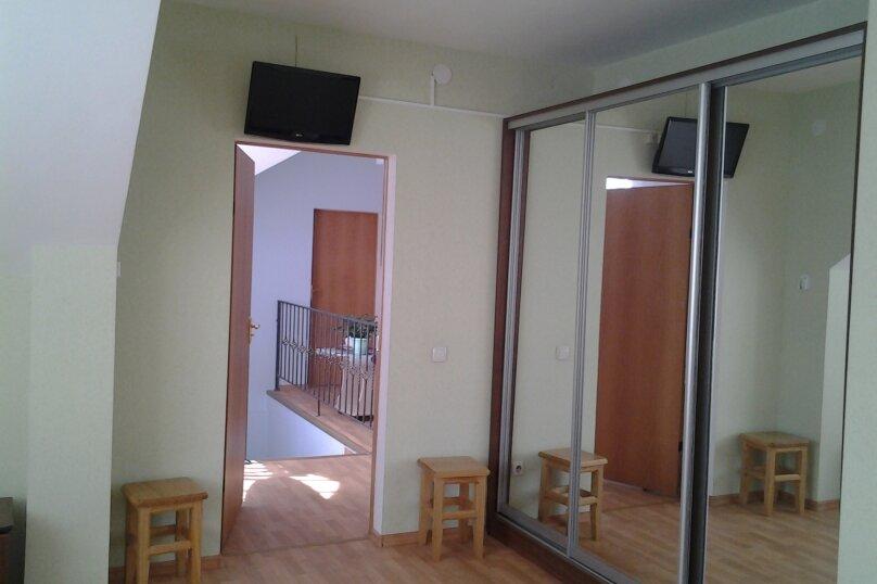 3-х местный ,1 комнатный, Общинная улица, 50, Адлер - Фотография 1