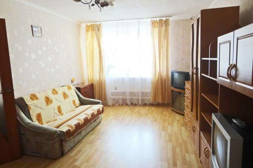 1-комн. квартира на 4 человека, улица Чкалова, 139, Феодосия - Фотография 2
