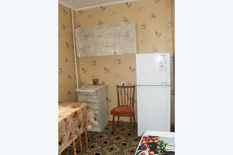 1-комн. квартира на 4 человека, улица Чкалова, 139, Феодосия - Фотография 5