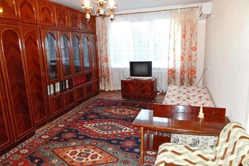 1-комн. квартира на 3 человека, Крымская улица, 82А, Феодосия - Фотография 1