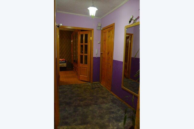 2-комн. квартира на 4 человека, Иркутский тракт, 55, Томск - Фотография 1