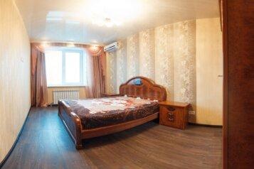 2-комн. квартира на 4 человека, улица Маяковского, 97, Омск - Фотография 2
