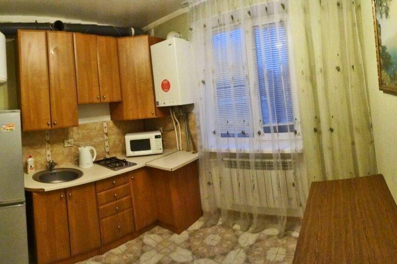 1-комн. квартира на 4 человека, Крымская улица, 86, Феодосия - Фотография 4