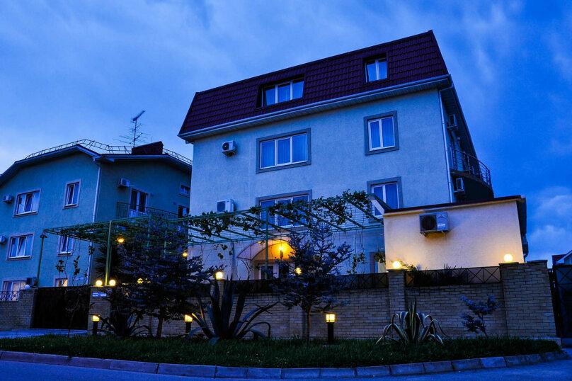 Гостевой дом, Общинная улица, 52 на 18 комнат - Фотография 6