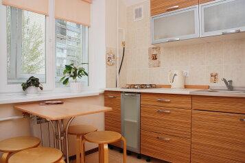 3-комн. квартира на 6 человек, Театральный проезд, 1, Ленинский район, Пенза - Фотография 2