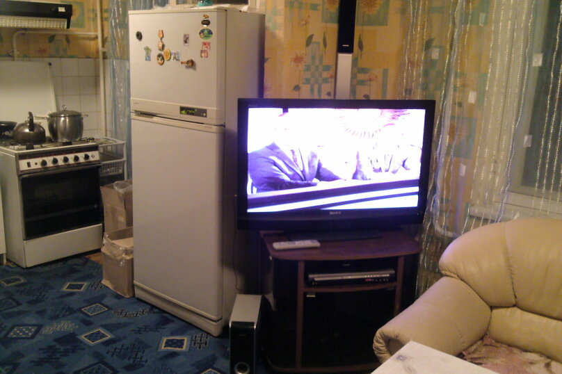 3-комн. квартира, 80 кв.м. на 9 человек, проспект Максима Горького, 47, Чебоксары - Фотография 5